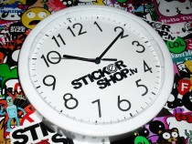 http://stickershop.lv/uzlimes/uploads/photos/d9f521c12edbd79df6b0c09de268c8bd.JPG